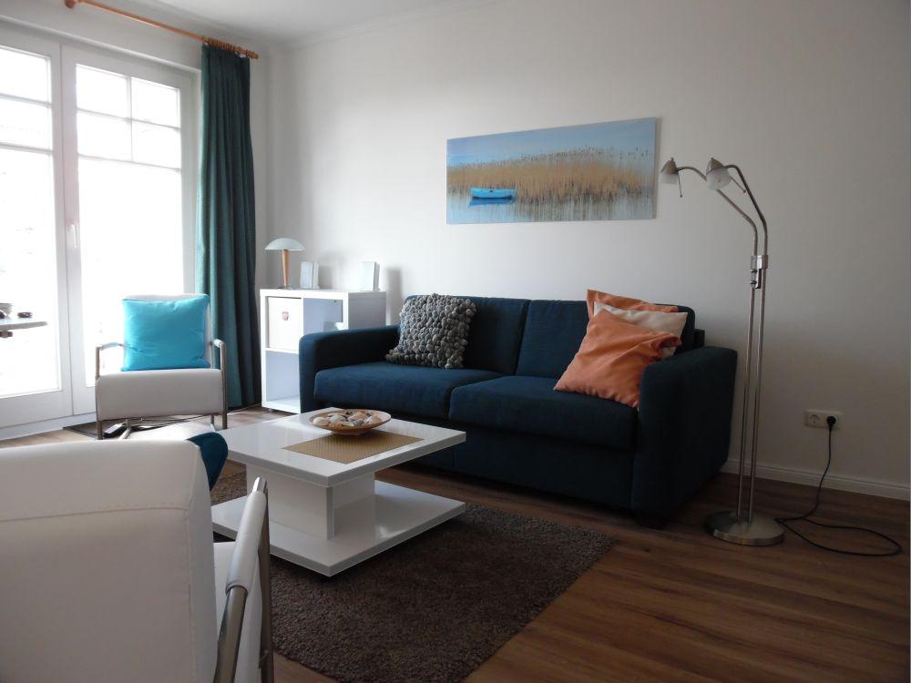 ferienwohnung jonas in binz privat appartement r gen ostseebad binz. Black Bedroom Furniture Sets. Home Design Ideas